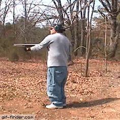 Un trop gros fusil pour un p'tit zizi JeanmichelB
