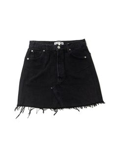 The RE/DONE High Rise Mini Skirt, made from black repurposed vintage Levi's jeans, sits at your waist, maintaining its classic five-pocket style, and finishes a