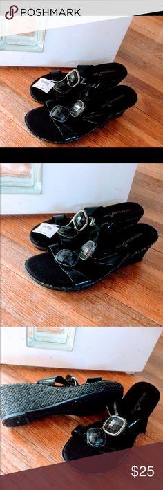 Ladies Montego Bay embellished Sandals size 7 1/2. Ladies Montego Bay Black Sandals NWT size 7.5 Montego Bay Club Shoes Sandals