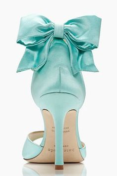 Trendy wedding shoes blue tiffany mint heels Ideas Source by kellitmbl Shoes blue Azul Tiffany, Bleu Tiffany, Tiffany And Co, Tiffany Blue Shoes, Tiffany Blue Dress, Mint Heels, Bow Heels, Blue High Heels, Blue Pumps