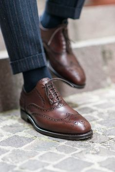 """""""We must act out passion before we can feel it."""" - Jean-Paul Sartre -------------------------------------- """"Cicialardòn"""", our oxford in reddish brown leather available online at www.velasca.com  #velascamilano #madeinitaly #shoes #shoesoftheday #shoesph #shoestagram #shoe #fashionable #mensfashion #menswear #gentlemen #mensshoes #shoegame #style #fashion #oxford #burgundy #ootd #fullbrogue #men #shoeporn #mensstyle #theshoeissue"""