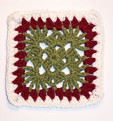 Ravelry: Free SmoothFox's Christmas Granny pattern by Donna Mason-Svara