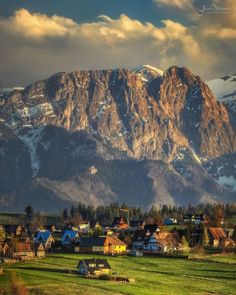Polish Mountains, Tatra Mountains, Genius Loci, Best Places To Travel, Alps, Land Scape, Landscape Photography, Mount Rushmore, Country