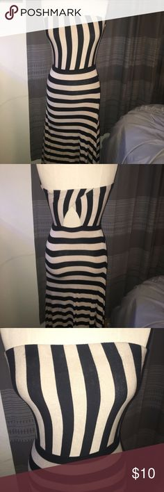 Beige and black striped dress Small Long dress, goes a little passed ankles Mossimo Supply Co Dresses Maxi