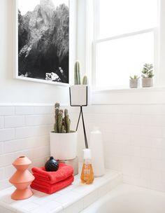 One bathroom styled 4 days | Photography by Tessa Neustadt courtesy Homepolish
