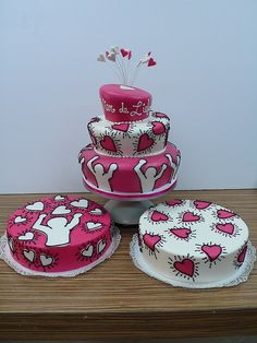 Keith Harring Wedding set by CAKE Amsterdam - Cakes by ZOBOT, via Flickr