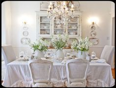 Shabby dining room with beautiful wall plates