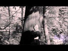 IN HET BOOMPJE VAN VERLANGEN (Het Bloemendaalse bos) (5)▶ 1966 - Martine Bijl