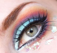 Technicolour eyes .:. Totally doing this for work without the shiny flakes