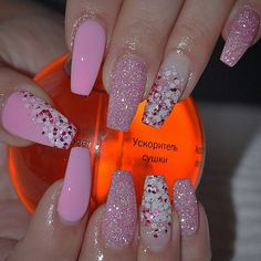 Having short nails is extremely practical. The problem is so many nail art and manicure designs that you'll find online Get Nails, Fancy Nails, Bling Nails, Love Nails, Glitter Nails, Pink Glitter, Fabulous Nails, Gorgeous Nails, Pretty Nails