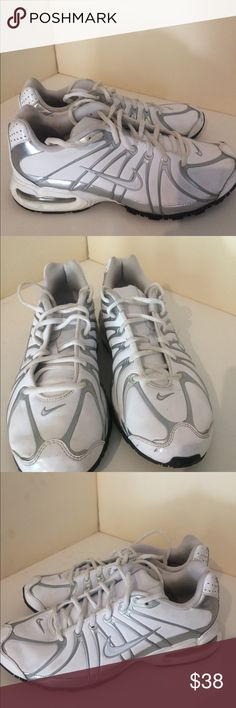 f8e3e5221e36 Nike Air Max athletic gym tennis shoes size 9 Nike Air Max shoes white with  awesome gray accents. Worn only twice awesome condition size 9 Nike Shoes  ...