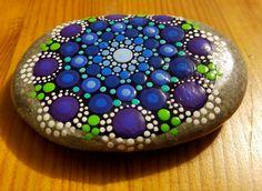 Arte  Rock de pintado a mano  azul piedra por P4MirandaPitrone