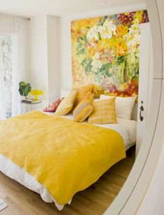 Check these 33 best bed headboard ideas out! There's more of these and plenty other outstanding ideas at glamshelf.com #homeideas #bedroom #bedroomgoals #bedroomideas