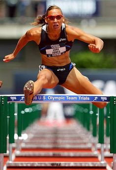 Lolo Jones competes in the women's 110 meter hurdle quarterfinals during day seven of the US Track and Field Olympic Trials at Hayward Field on July. Lolo Jones, Noc Bikini, London Summer Olympics, Foto Sport, Olympic Trials, Running Photos, Olympic Team, Weight Loose Tips, Hurdles