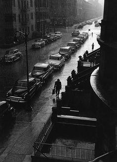 man in rain, new york, 1952    photo by ruth orkin