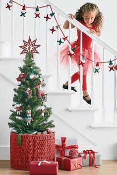Black Christmas, Beautiful Christmas, Merry Christmas, Christmas Decorations, Christmas Ornaments, Holiday Decor, Christmas Morning, Color Themes, Candy Cane