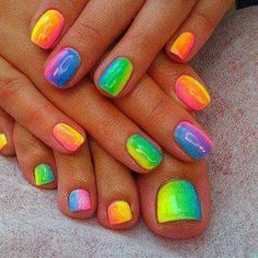 U pour a little line of each colour onto a bit tin foil..Dip in a makeup sponge across the lines to pick up a bit of each colour. Press the sponge over the whole nail. Remove excess varnish from finger s with cotton bud dipped in acetone.... Voila rainbow nails !!!!!!