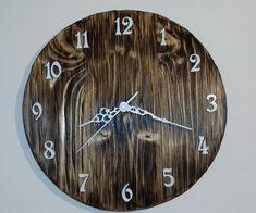 Kulaté+dřevěné+hodiny+Dřevěné+hodiny+jsou+vyrobeny+z+masivního+dřeva.+Při+jejich+výrobě+byla+použita+technika+opalování+a+kartáčování.+Design+hodin,+použitý+materiál+a+způsob+výroby+s+důrazem+na+strukturu+a+zajímavé+detaily+dřeva+tak+zajistí+jejich+jedinečnost+a+originalitu.+Hodiny+obsahují+hodinový+strojek+Quartz+s+velmi+tichým+chodem+a+otvorem+pro+zavěsení.... Clock, Wall, Design, Home Decor, Watch, Decoration Home, Room Decor, Clocks