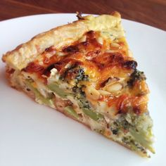 Hartige taart met broccoli en brie @ http://allrecipes.nl