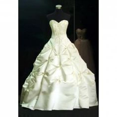 $83.93 Fashion Sweetheart Neck Embroidery Flower Pattern Ruche Wedding Dress For Bride