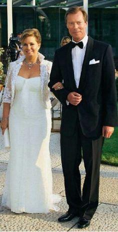 Maria Teresa, Casa Real, Elisabeth, Noblesse, Special People, Marie, Evening Dresses, Royalty, Wedding Dresses