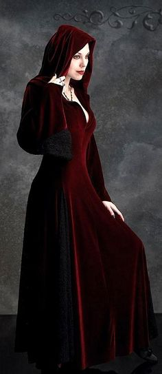 the dress to wear when I'm feeling like Little Red.Deirdre Hooded Dress Cloak in Velvet and Lace - Custom Elegant Gothic Clothing and Dark Romantic Couture Hooded Cloak, Hooded Dress, Lady Like, Gothic Outfits, Gothic Dress, Gothic Gowns, Costume Venitien, Gothic Mode, Medieval Dress