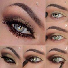 Eye shadow green-blue eyes