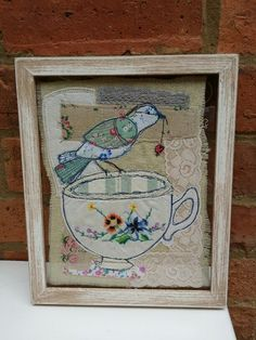 Bird on a teacup Free Motion Embroidery, Embroidery Applique, Machine Embroidery, Fabric Art, Fabric Crafts, Embroidered Bird, Fabric Stamping, Fabric Journals, Thread Art