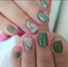 Polygel Nails, Love Nails, Fun Nails, Acrylic Nails, Green Nail Designs, Short Nail Designs, Nail Art Designs, Summer Toe Nails, Manicure E Pedicure