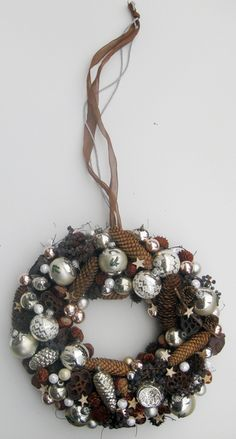 Weihnachtsdeko - Advent - weihnachtlicher Türkranz - Weihnachten - ein Designerstück von kunstbedarf24 bei DaWanda