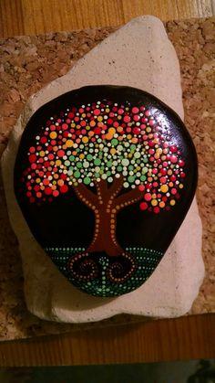 Roca pintado a mano caída punto arte árbol por P4MirandaPitrone