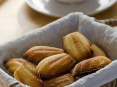 Madeleines ist ein Rezept mit frischen Zutaten aus der Kategorie Küchlein. Probieren Sie dieses und weitere Rezepte von EAT SMARTER!