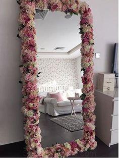 for a little girl's room - Diy decoration - for. So sweet for a little girl's room - Diy decoration - for. So sweet for a little girl's room - Diy decoration - for. Cute Room Decor, Diy Girl Room Decor, Baby Decor, Bedroom Decor Ideas For Teen Girls, Beauty Room Decor, Diy Crafts For Room Decor, Makeup Room Decor, Girl Bedroom Designs, Makeup Rooms