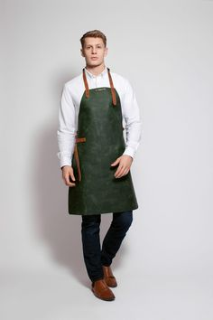 2212 - Classic leather Apron Green (2)