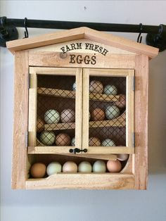 Egg dispenser keeps fresh eggs in order