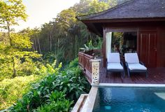 Luxury Adventure: Can you have a business and travel the world?