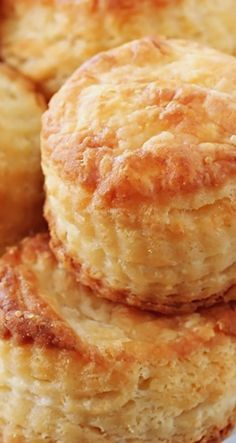 3-Ingredient Cream Cheese Biscuits ~ Super easy to make and incredibly flaky