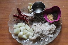 Onion Coconut Chutney Recipe - Onion Chutney with Coconut - Yummy Tummy Spicy Recipes, Curry Recipes, Vegetarian Recipes, Cooking Recipes, Indian Chutney Recipes, Indian Food Recipes, Asian Recipes, Jamun Recipe, Dosa Recipe