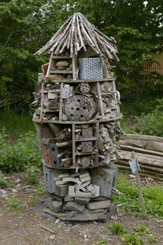 Deluxe insect hotel at Denmark Farm. Constructed around a central pole. The kids have worked out how to add fins and make it into an insect rocket! Garden Insects, Garden Bugs, Garden Animals, Garden Pests, Garden Art, Bug Hotel, Urban Nature, Beneficial Insects, Diy Garden Projects