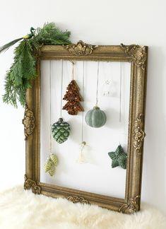 Christmas Makes, Noel Christmas, Christmas Fashion, Diy Christmas Ornaments, Simple Christmas, Winter Christmas, Red And Gold Christmas Tree, Country Christmas Decorations, Xmas Decorations