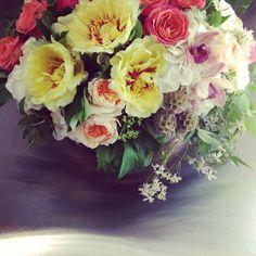Gorgeous 'Cymbidium Floral' bridal shower centerpiece with yellow tree peonies, garden roses, orchid blooms, stellata pods & jasmine vine. www.cymbidiumfloral.com Send Flowers, Fresh Flowers, Jasmine Vine, Yellow Tree, Modern Flower Arrangements, Bridal Shower Centerpieces, Peonies Garden, Garden Roses, Orchids