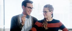 Kara taking the candy from Mon-El cracks me up every time :D (gif found on Google)  TV Shows  CW  #Supergirl funny gifs  2x05  Kara x Mon-El  #Karamel gifs  Chris Wood  Melissa Benoist  DCTV 