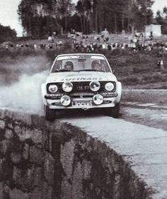 The ragged edge: Bjorn Waldegaard, 1979 Rallye Portugal, Ford Escort RS Waldegård was a Swedish rally driver, and the winner of the inaugural World Rally Championship for drivers in Luxury Sports Cars, Sport Cars, Motor Sport, Rally Drivers, Rally Car, Bugatti, Lamborghini, Ferrari, Pajero Off Road