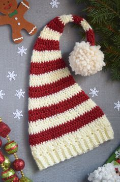 My Favorite Christmas Hat Crochet Pattern - Craft Weekly                                                                                                                                                     More