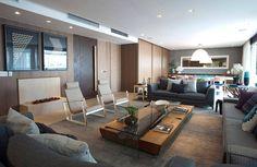 mesa de centro retangular madeira e vidro sala de estar ampla in house designers