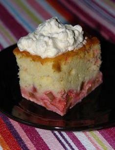 Nitty.Gritty.: Rhubarb Cream Cake~
