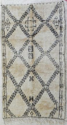 Beni Ourain Moroccan Rug on https://www.etsy.com/listing/178142086/beni-ourain-moroccan-rug?ref=shop_home_active_8
