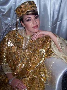 Tenue Cap Bon Tunisie - Kessoua , Fouta & Blouza , Costume traditionnel Tu...