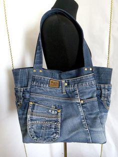 Weekender large denim bag Jean market bag Casual tote bag of jeans Denim Tote Bags, Denim Purse, Small Handbags, Hobo Handbags, Hobo Purses, Artisanats Denim, Denim Skirts, Midi Skirts, Long Skirts