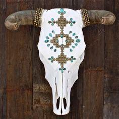 Tûrqûôîsê Pyrâmîds Cow Skull